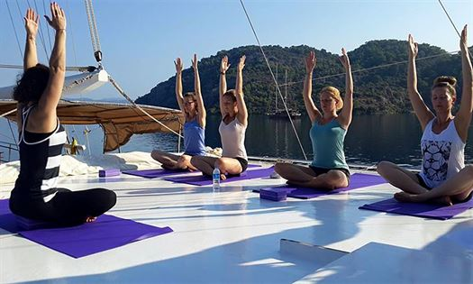 yoga-cruise, yogaholiday, Captain jack yogacruises, yoga-retreat